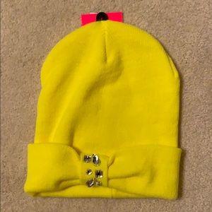 Betsy Johnson yellow knit hat *NEW*